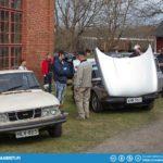 On left a Saab 99 WagonBack. On right Saab 99 Turbo.