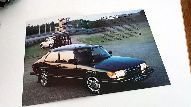 Myydään Saab-esitteitä ja AJA-lehtiä (in Finnish only)