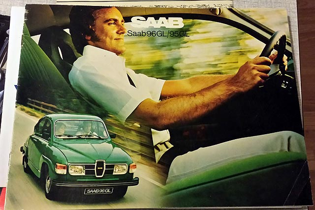 For sale – Saab promotional postcards and photos